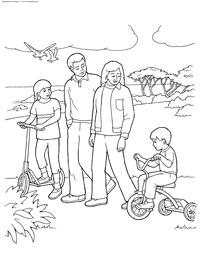 Семья на прогулке - скачать и распечатать раскраску. Раскраска море, чайки, семья