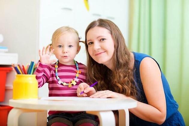 Как найти и не ошибиться с выбором няни для малыша