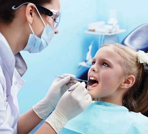 Как ухаживать за детскими зубами? Мифы и реальность