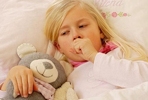 Как помочь ребенку быстрее победить простуду
