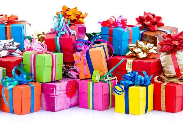 Что подарить ребенку? Обзор лучших подарков