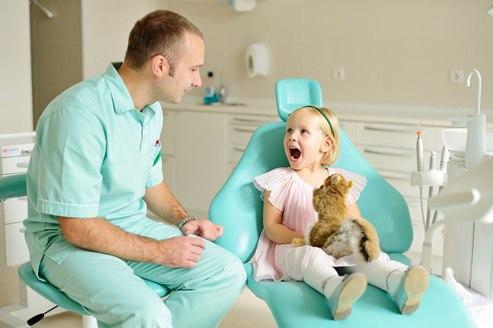 Детская стоматология. С чего начать заботу о детских зубах