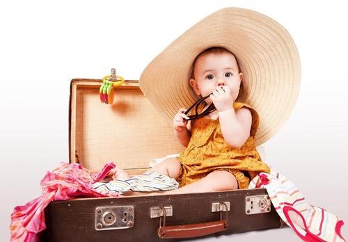 В поездку с маленьким ребенком: основные правила