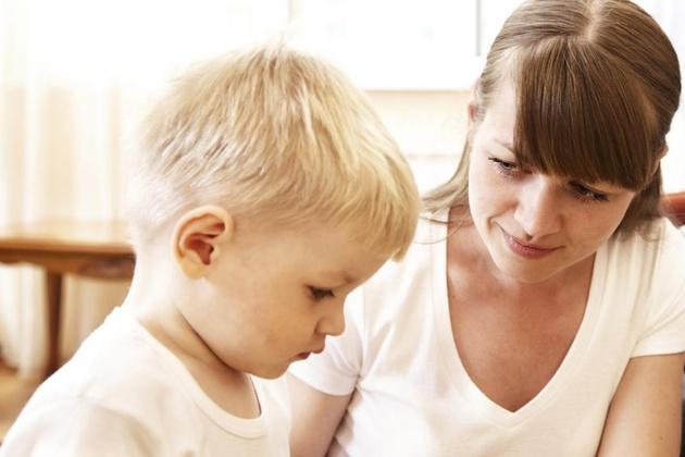 Почему ребенок врет и как его отучить это делать