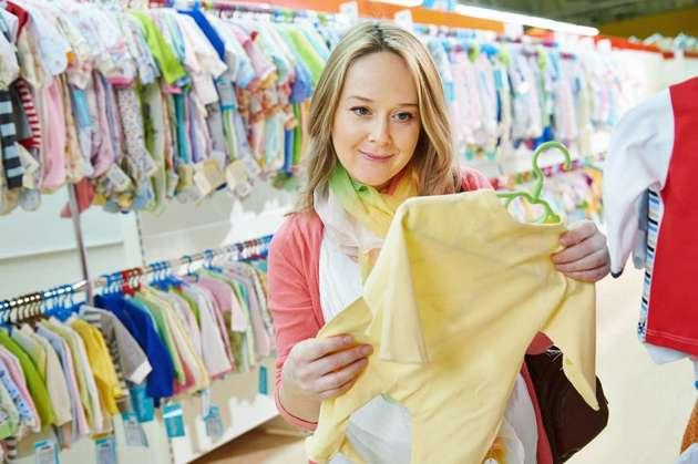 Какую одежду стоит покупать для ребенка?