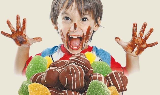 Почему некоторые дети очень любят сладкое и стоит ли волноваться по этому поводу?