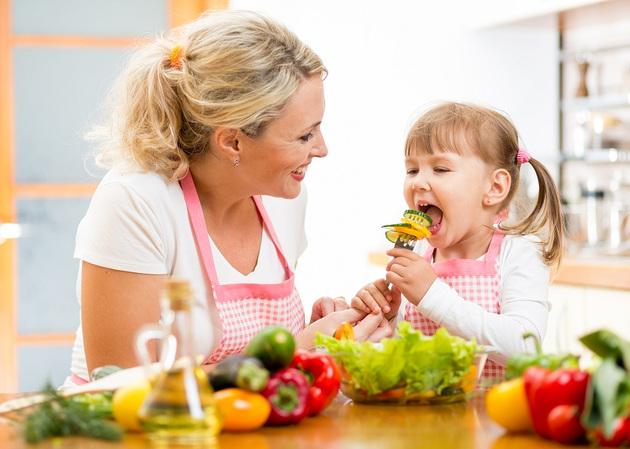 Детское питание - чем лучше кормить детей