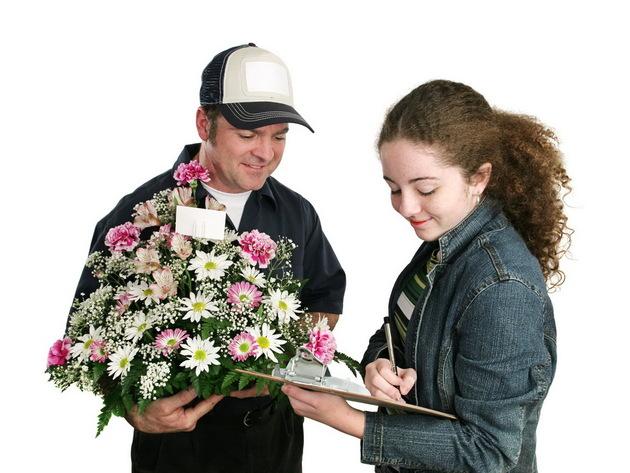 Профессиональная доставка живых цветов по России