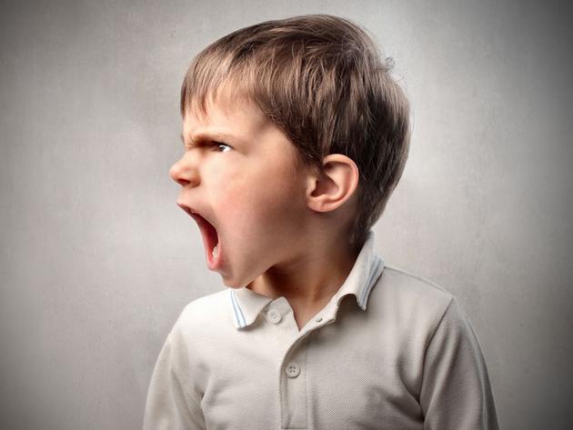 Каковы признаки того, что ребенок получает чрезмерную заботу?