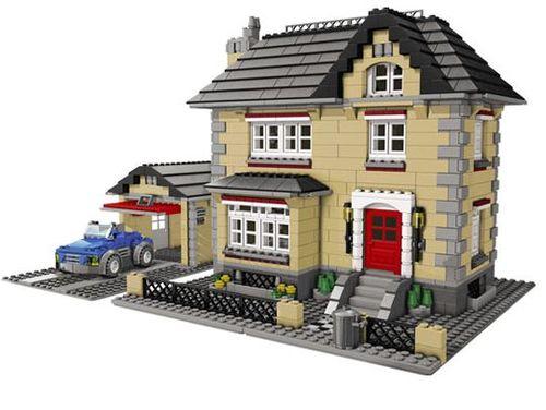 Детский конструктор LEGO появился благодаря плотнику