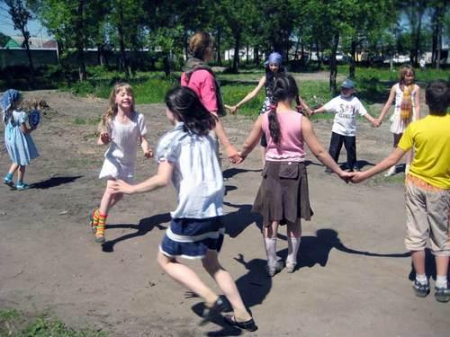 Почему ребенку так важно играть?