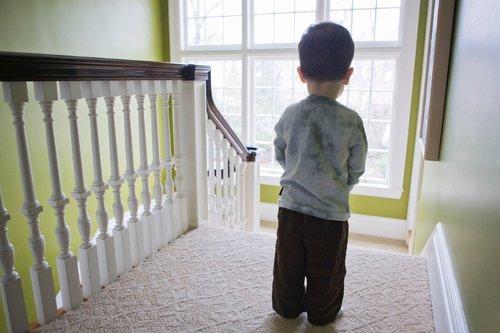 Количество детей, страдающих аутизмом, резко возросло в последние десятилетия